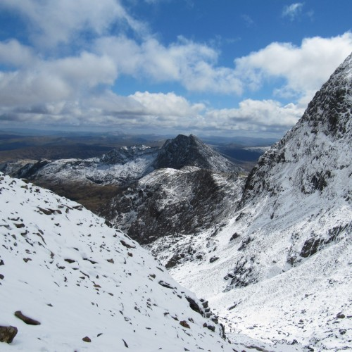 Y Lliwedd seen from the Pig Track on a fine winter day