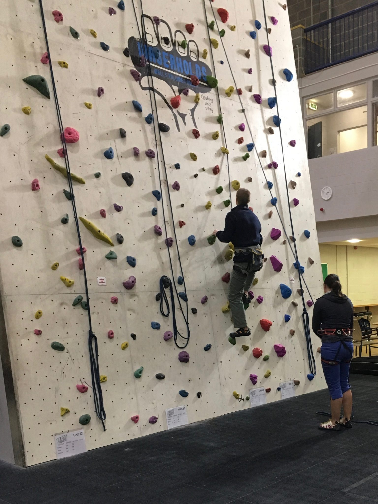 Climbers practising their technique, as you can learn our climbing course in Leeds